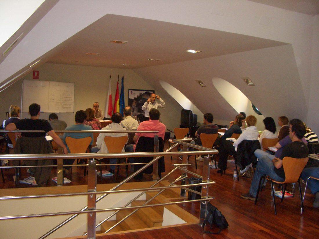 Imágenes del curso «Iniciación a la negociación colectiva» celebrado en Santander los días 20 y 21 de mayo