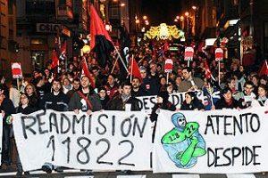 500 Trabajadoras y Trabajadoras de Atento Coruña se manifiestan contra despidos y traslados