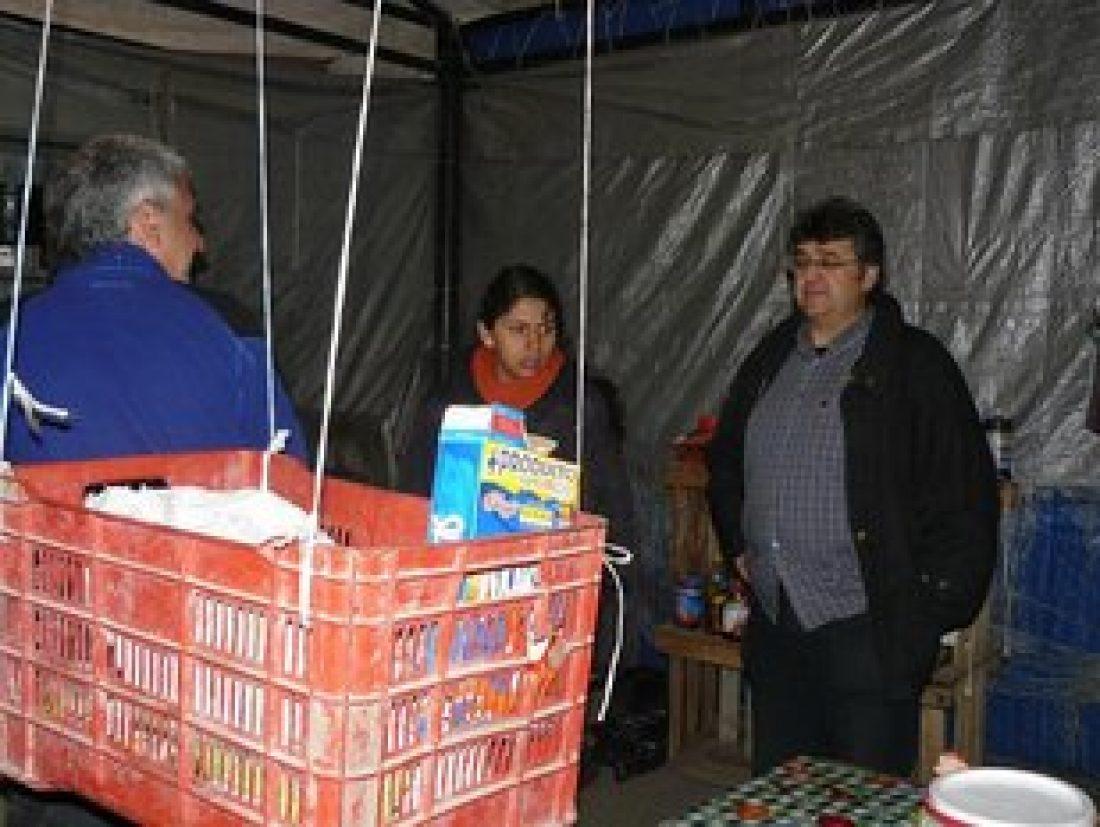 La CGT visita el Plantón de Molino de Flores, situado en las puertas del penal de la localidad de Texcoco, México.