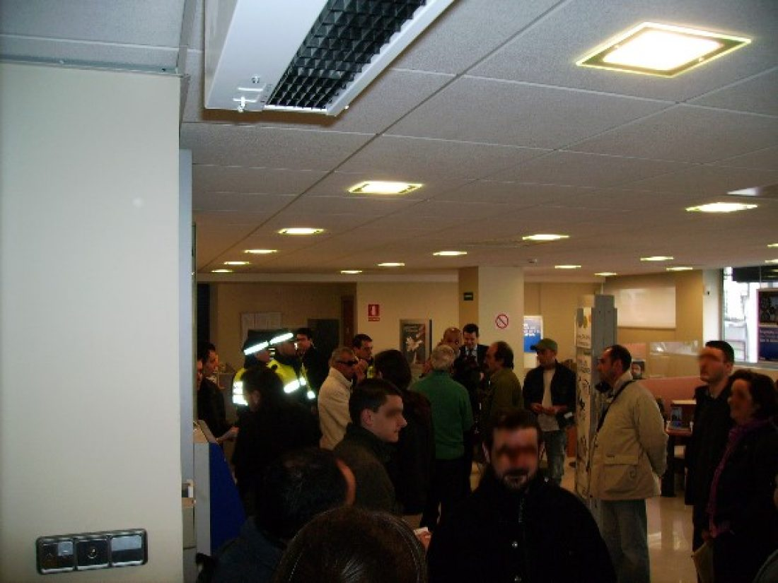 Ocupada una sede bancaria en Tarragona