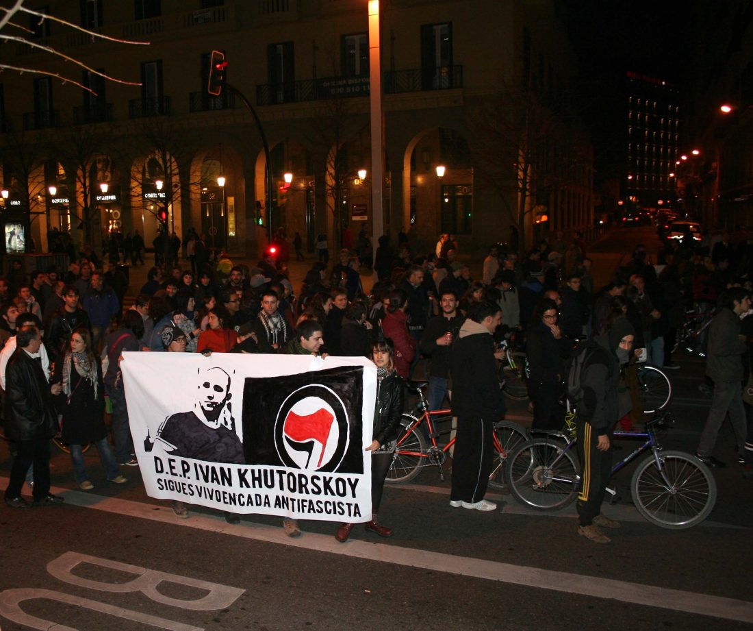 Gran participación en la mani antifascista de Zaragoza
