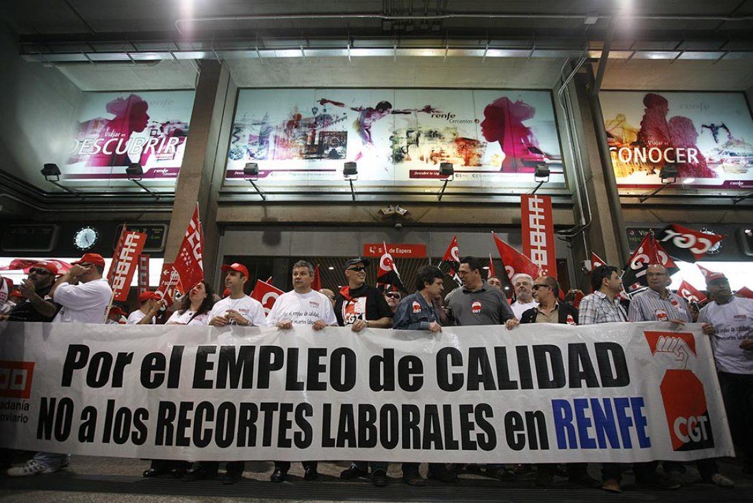 Renfe: Concentración ante el Ministerio de Fomento (29 abril)