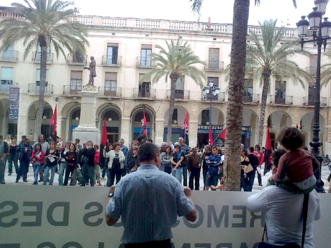 En marcha contra la crisis: crónicas y fotos de varias acciones en Catalunya