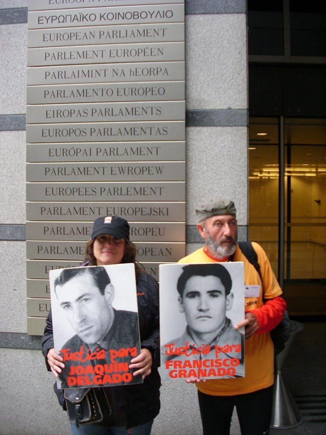 """La CGT entregó en el Parlamento Europeo la """"Carta a la Ciudadanía Europea por la Anulación de las Sentencias Franquistas"""""""