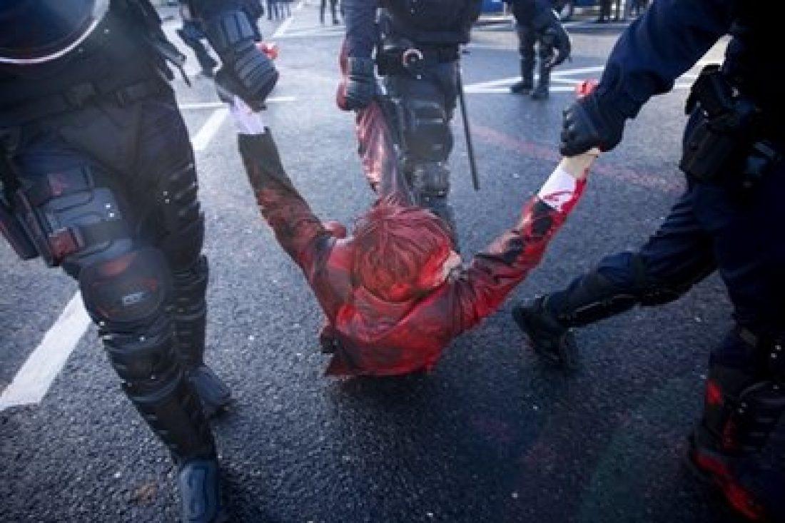 Portugal repatría a 180 personas y detiene a 42 activistas en el marco de la Cumbre de la OTAN