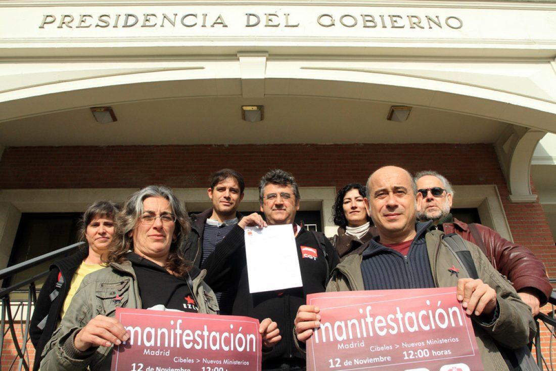 CGT exige en Moncloa y otros Ministerios la defensa de los servicios públicos