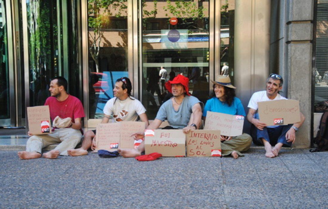 Zaragoza. Mendigando por la Pública