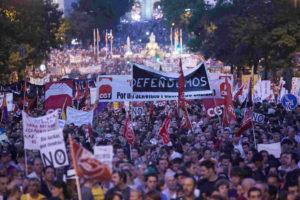 Crónicas y fotos del 19J. Contra la reforma laboral, contra los recortes.