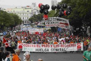CGT llama a la población a rebelarse contra las medidas injustas y antisociales
