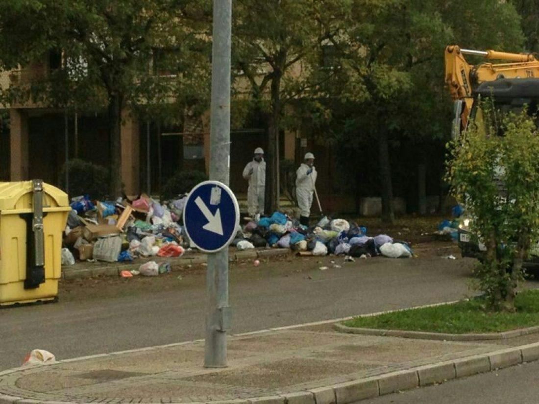 Los trabajadores de limpieza de Jerez celebran su éxito y aprueban el acuerdo que finaliza la huelga