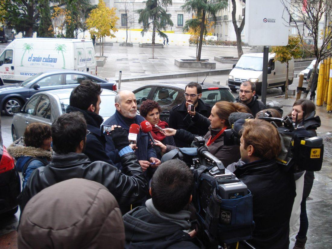 La Coordinadora 25S presenta #20D luto y la manifestación convocada para el 20 de diciembre
