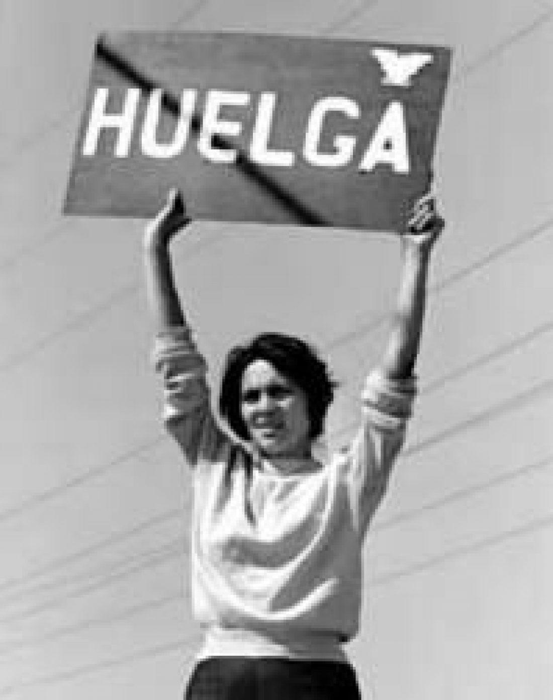 Málaga. Huelga en el Servicio de Atención e Información a la mujer de la Junta de Andalucía gestionado por Qualytel Teleservices