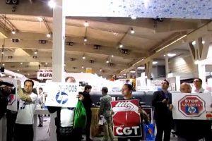 Acción en Feria Graphispag contra despidos en HP [video]