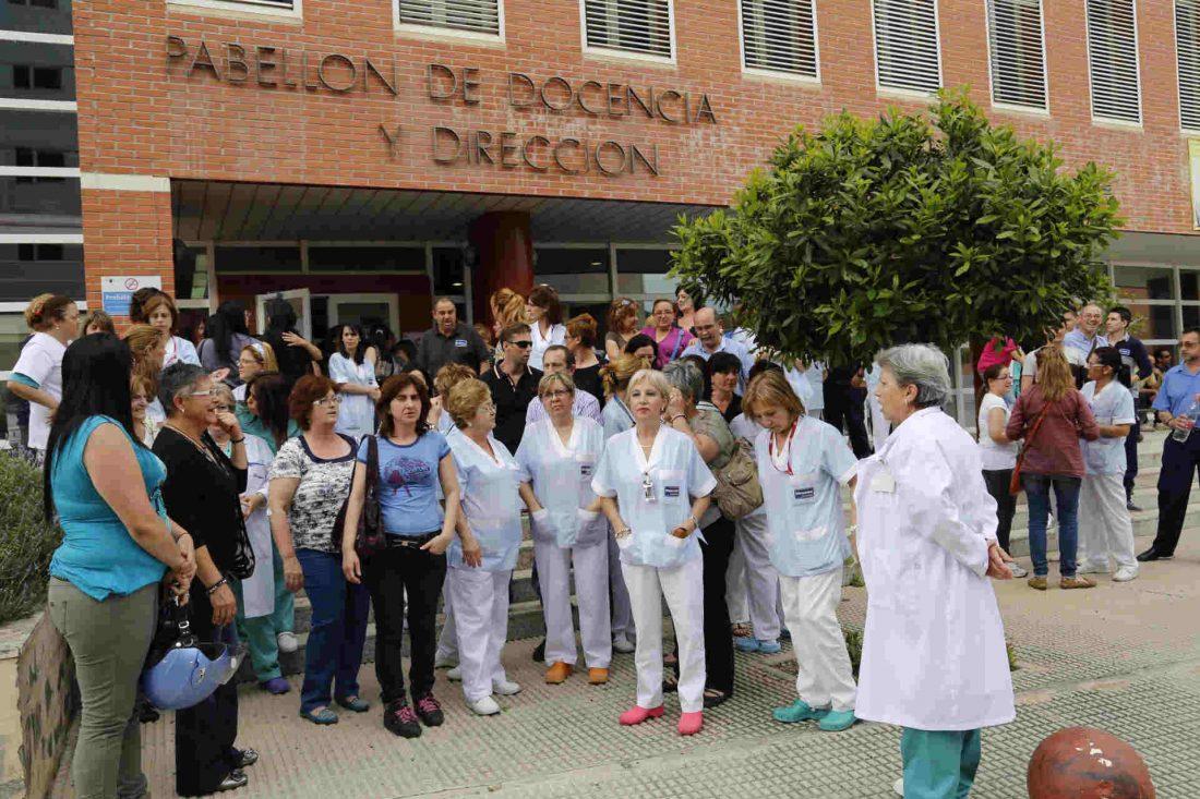 Despidos en el servicio de limpieza del Hospital de la Arrixaca (Murcia)
