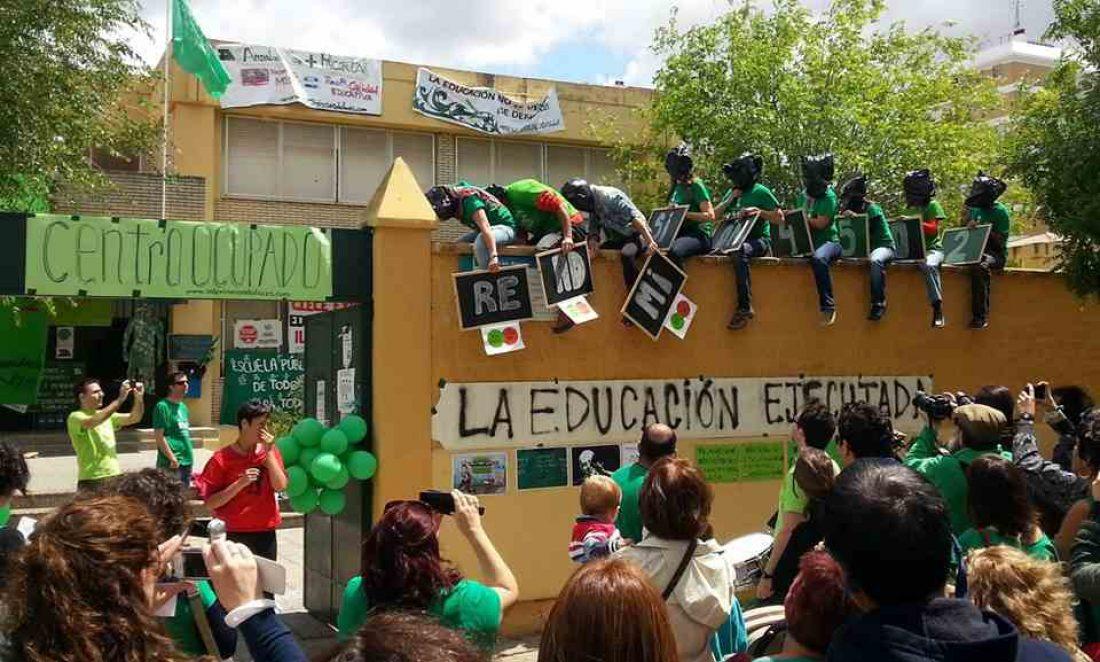 CGT Enseñanza apoya las movilizaciones del profesorado interino en lucha por la Educación Pública