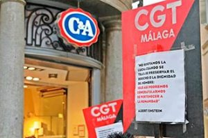 CGT Aconseja a lxs malagueñxs »No compres ropa manchada de sangre»