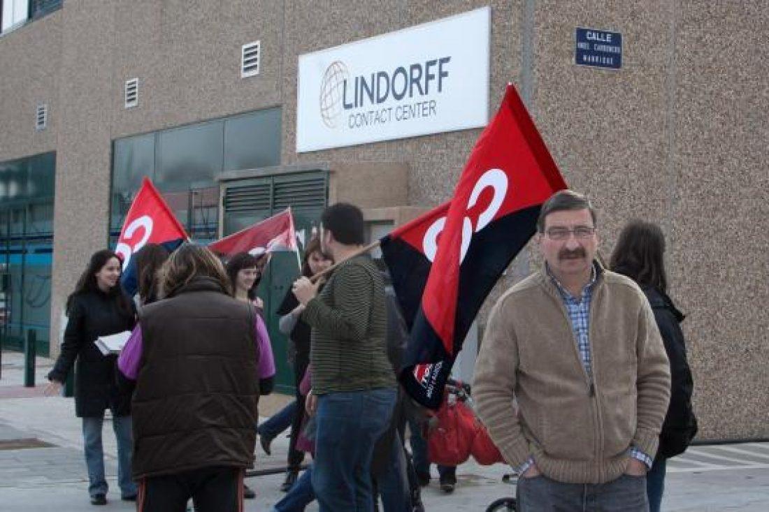 Concentración contra los despidos en Lindorff Contact Center