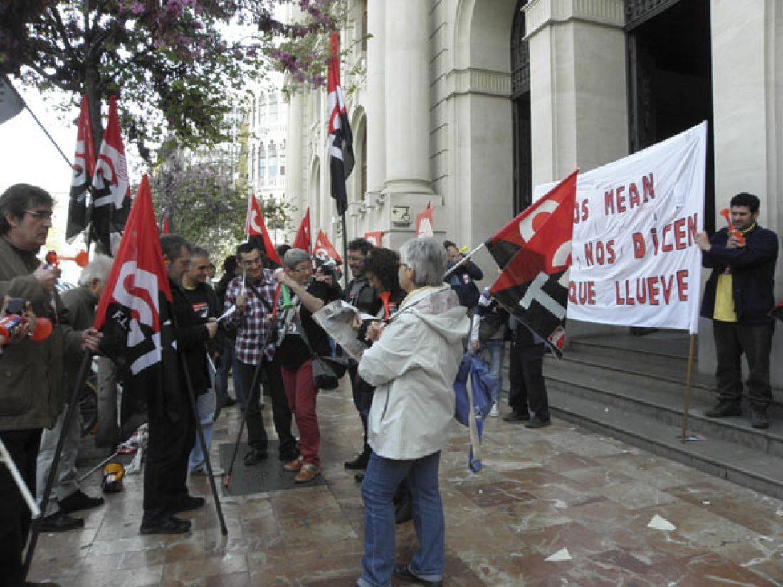 Huelga indefinida en el CTA de Correos de Alicante a partir del 15 de julio y movilizaciones en Correos de Crevillent