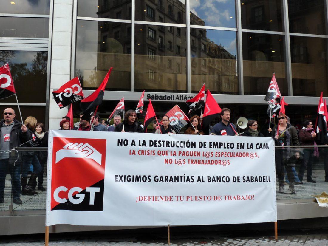 Banco Sabadell. La dirección comunica un nuevo expediente de regulación de empleo