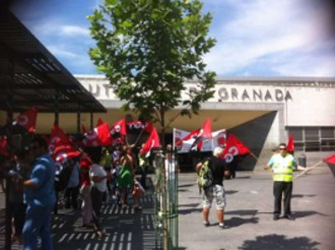 Sin acuerdo en los servicios mínimos de la huelga del grupo de autobuses ALSA en Andalucía