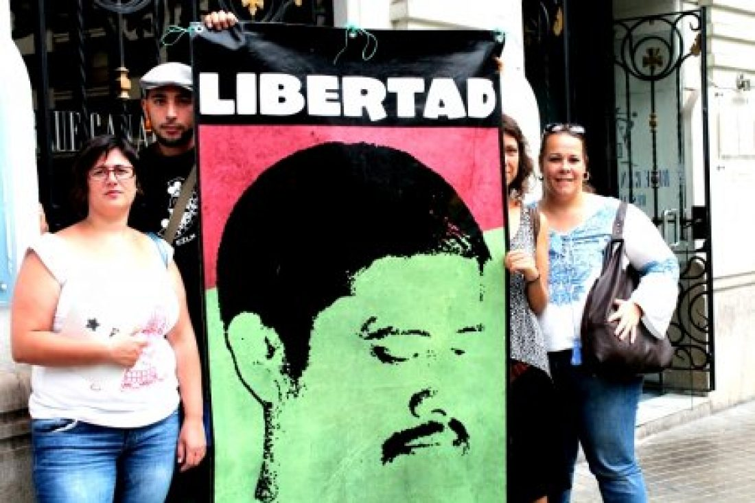 11 de septiembre: Acción en el Consulado de México en Valencia por la libertad de Patishtán