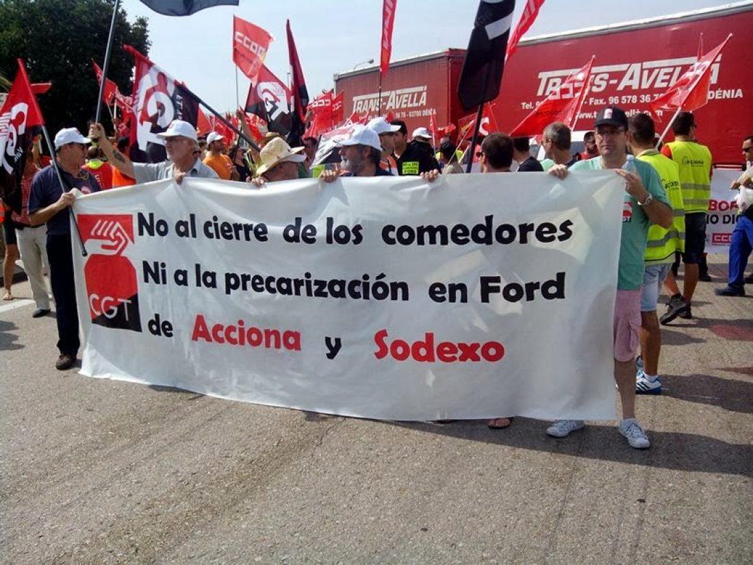 8-n Almussafes: Nuevas concentraciones de las plantillas de Acciona FS y de Sodexo en protesta por el intento de las contratas y de Ford de precarizar todavía más las condiciones laborales