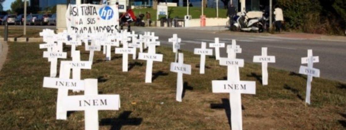 CGT protesta por el despido en el grupo HP en Zaragoza