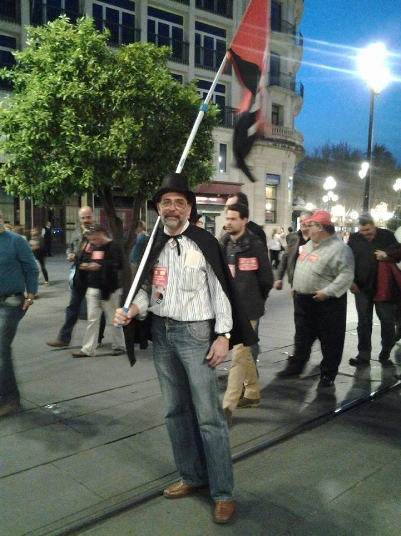 Cortejo funerario por las calles de Sevilla - Imagen-4