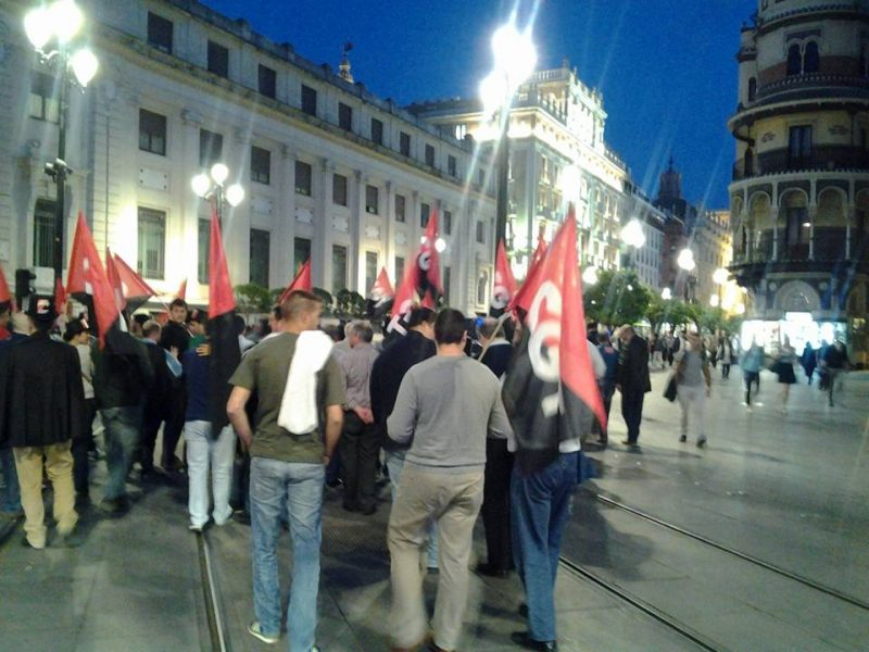 Cortejo funerario por las calles de Sevilla - Imagen-6