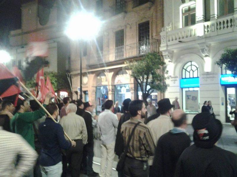 Cortejo funerario por las calles de Sevilla - Imagen-15