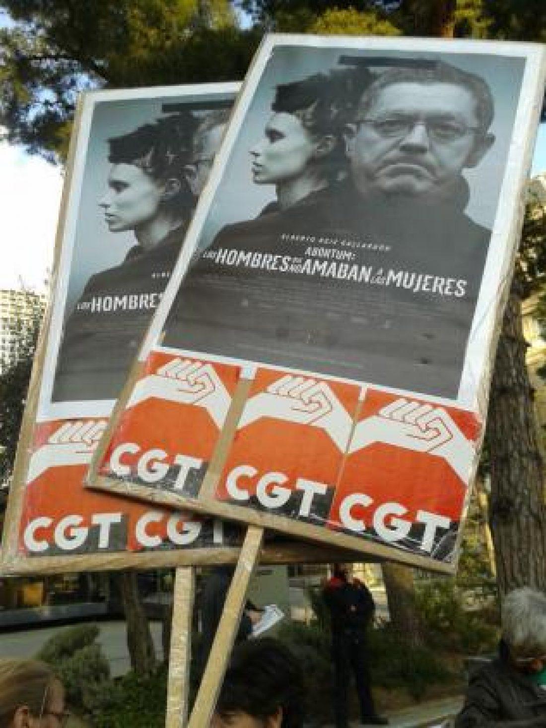 Crónica y fotos concentración contra Gallardón en Barcelona