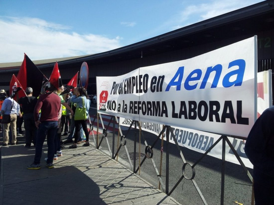 Primera protesta en el Adolfo Suárez, contra la Privatización de Aena