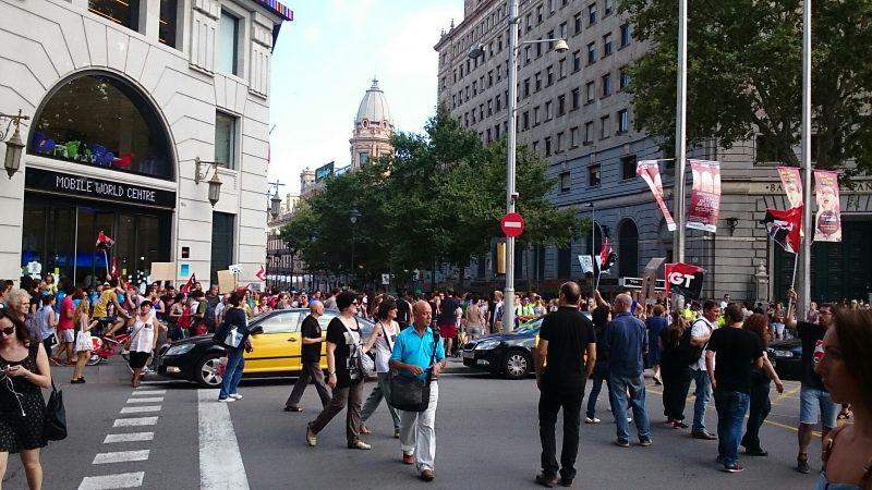 [Fotos]: Concentración en Barcelona contra el ERE de Atento - Imagen-6