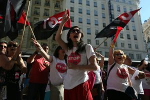 [Fotos]: Concentración en Madrid contra el ERE de Atento