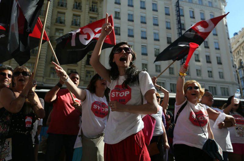 [Fotos]: Concentración en Madrid contra el ERE de Atento - Imagen-1