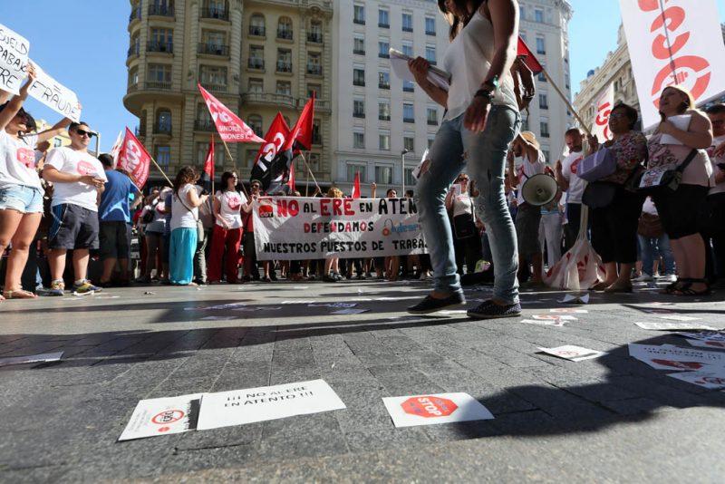 [Fotos]: Concentración en Madrid contra el ERE de Atento - Imagen-6