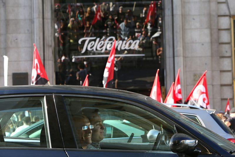 [Fotos]: Concentración en Madrid contra el ERE de Atento - Imagen-13