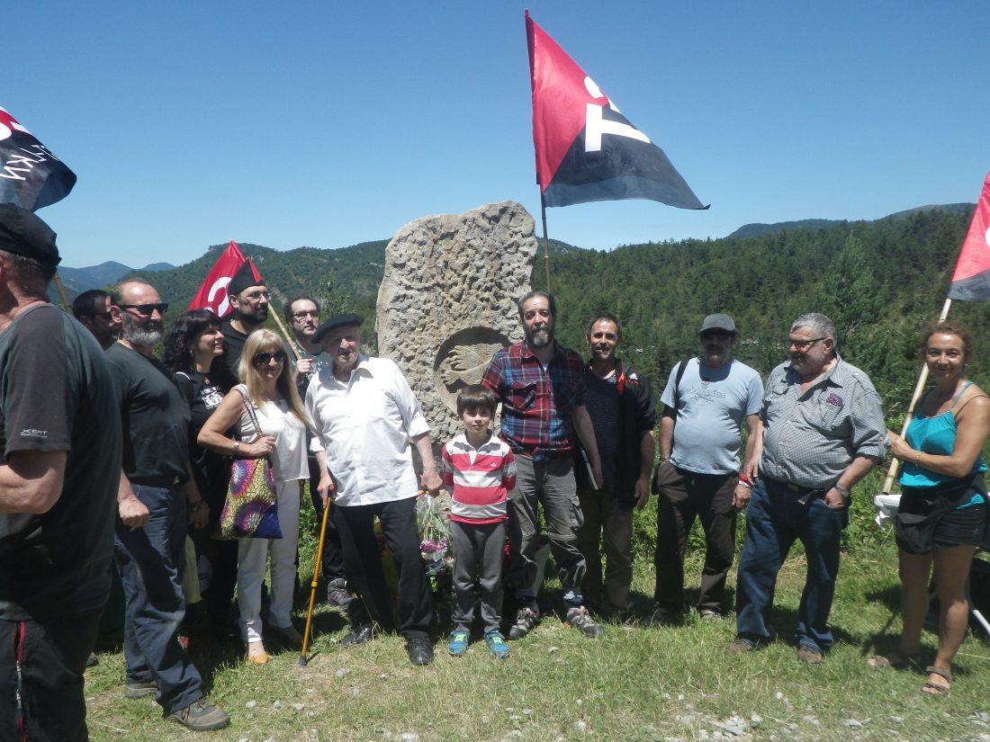 Homenaje en el Alto de Igal a los presos-esclavos que realizaron la carretera a pico y pala