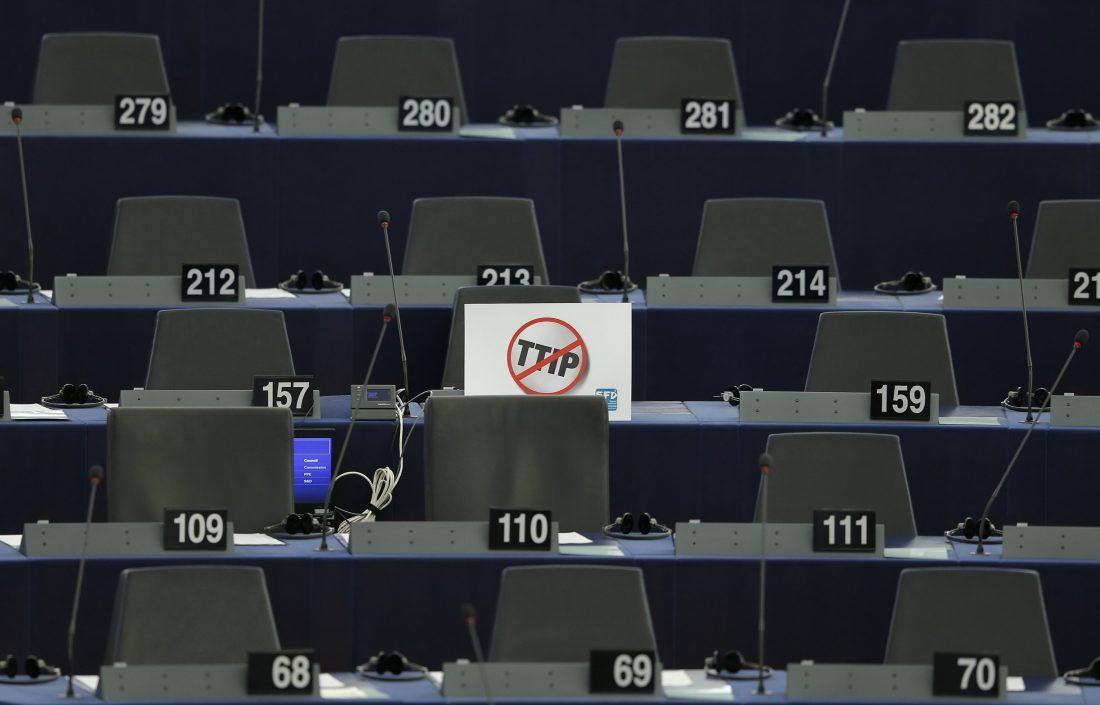 PP y PSOE juntos por el libre comercio