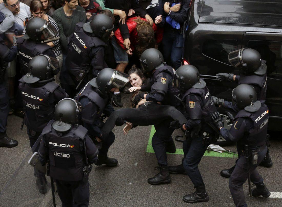 El Estado actúa en Catalunya como una Dictadura
