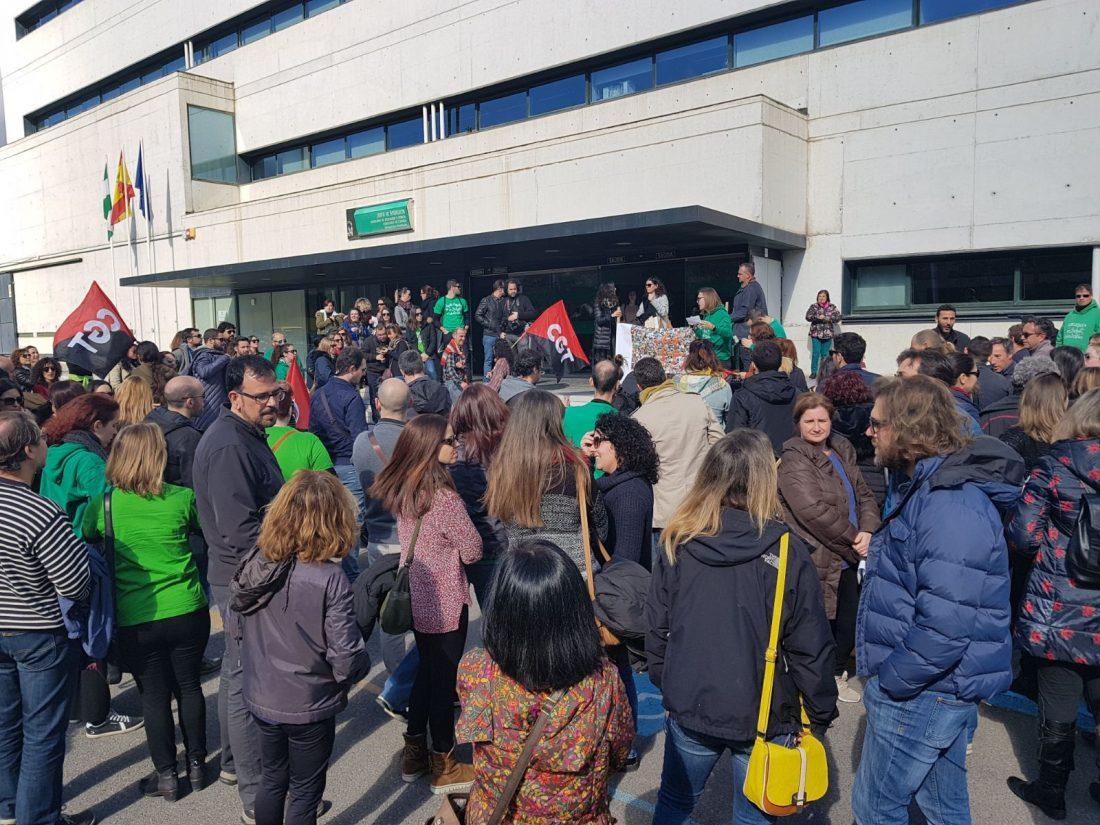 Éxito de la convocatoria de huelga de CGT por la estabilidad del profesorado interino