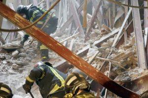 CGT muestra su preocupación por la desaparición de dos trabajadores tras el derrumbe en el distrito madrileño de Chamberí
