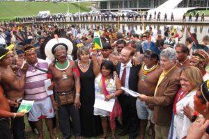 Apoyo de la CGT a las justas luchas y al Manifiesto en solidaridad internacional con los pueblos indígenas de Brasil
