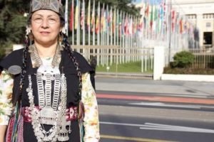 Contra la expulsión de Flor Calfunao Paillalef, embajadora de la Nación Mapuche ante la Comisión de Derechos Humanos de la ONU