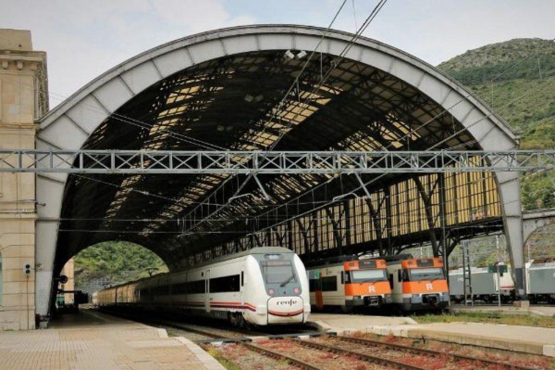 CGT convoca 4 días de huelga en RENFE
