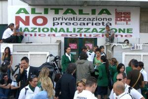 Italia: apoyo y solidaridad a la lucha de las trabajadoras de Alitalia