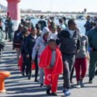 CGT denuncia que el descenso de llegadas de pateras a las costas andaluzas es una respuesta natural a la presión y presencia militar en el Estrecho y Alborán