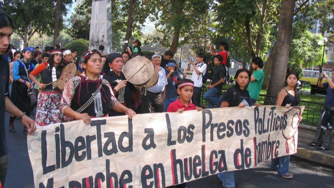 Por la libertad de los presos políticos mapuches en huelga de hambre en Chile