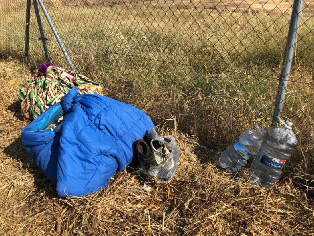CGT denuncia el abandono de decenas de migrantes tras el incendio acaecido este lunes en un asentamiento de Lepe (Huelva)