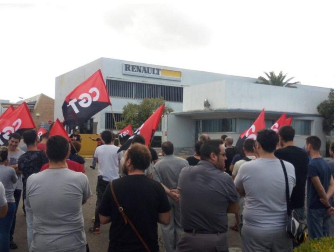 CGT se moviliza contra los despidos en Renault Sevilla